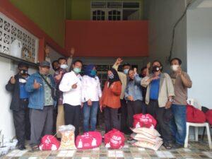 PWOIN Bagikan Sembako dari YPJI,  Evaluasi Organisasi Akhir Tahun serta Susun Program 2021. Foto: Jakarta.terkini.id.